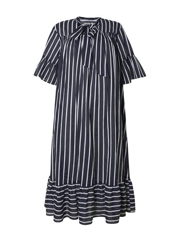 Nué Notes - Kira dress stripes