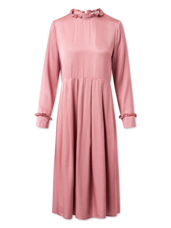 Nué Notes - Elsa dress, barely pink