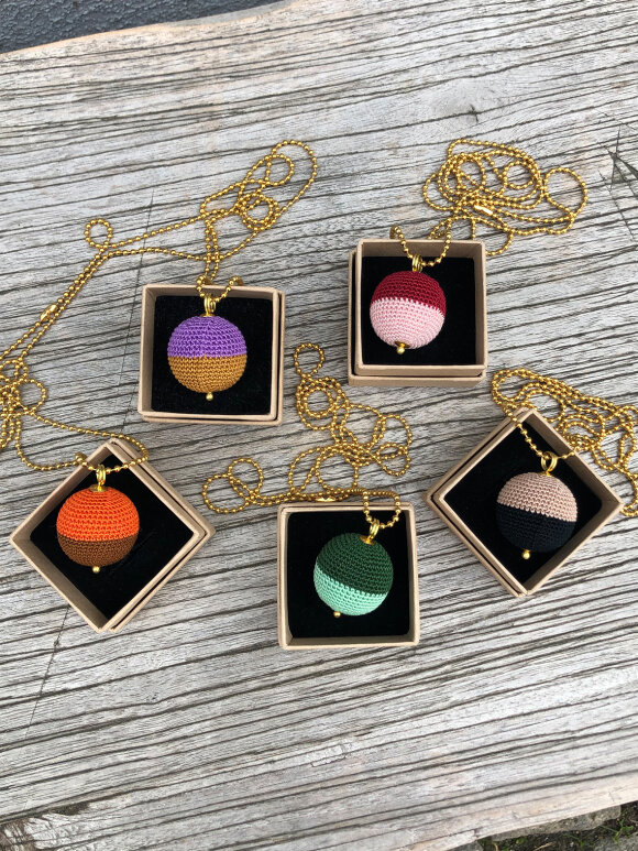 We Love Jewellery - Necklace north/south - flere varianter