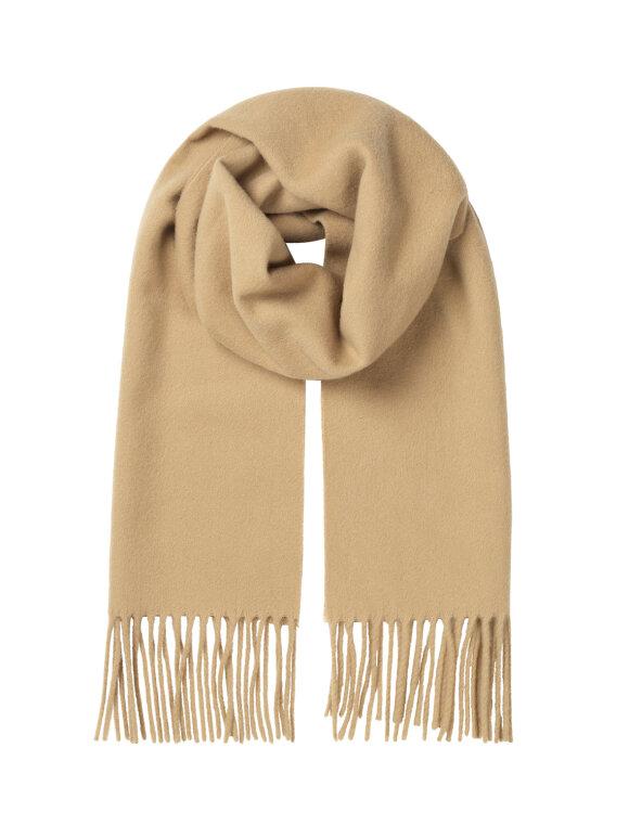 Mads Nørgaard - Amber scarf - to farvevarianter