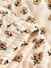 Nué Notes - Rema shorts, Cloud cream