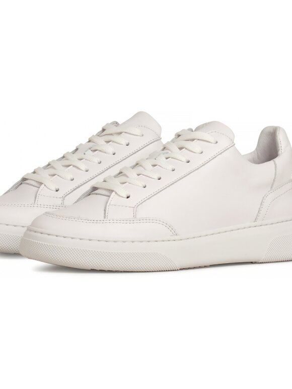 Garment Project - Off court sneakers  all white leather