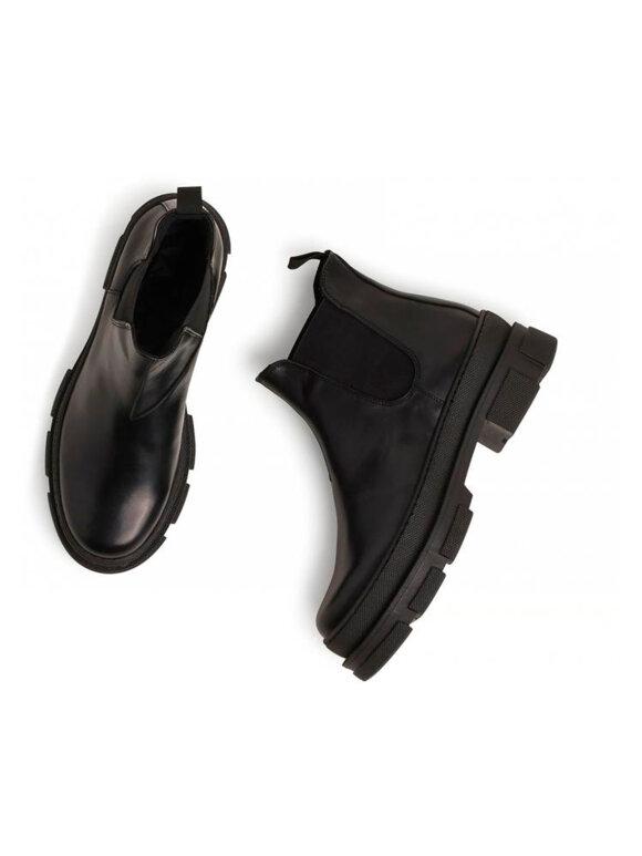 Garment Project - Irean Chelsea - Black