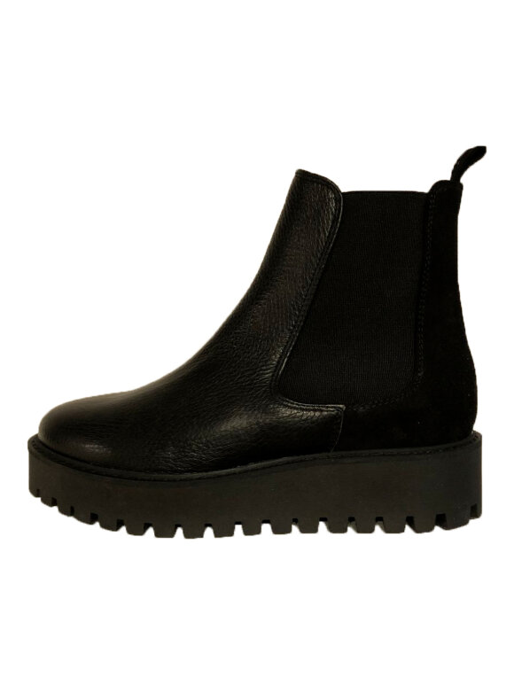 Garment Project - Mina Chelsea Boot - Black Leather