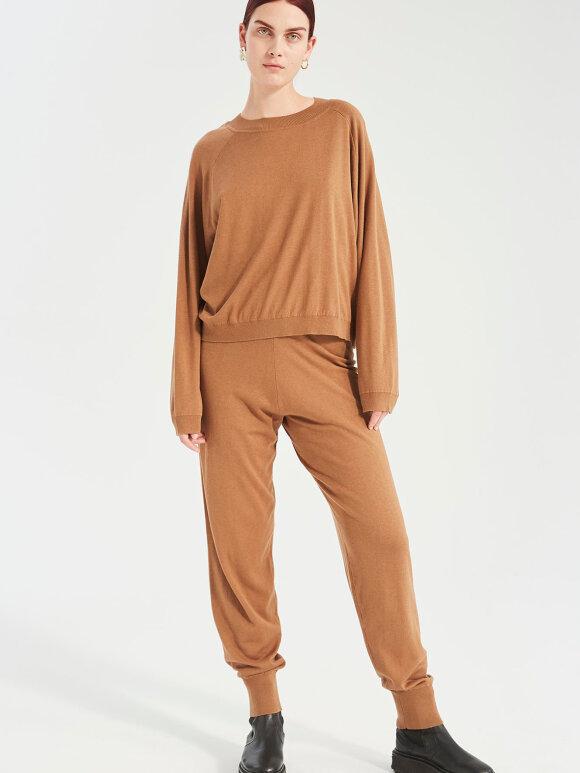Kokoon - Zana Knit Pants - Milk Chocolate
