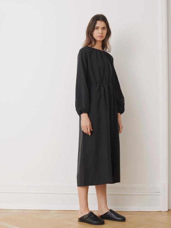 Skall Studio - Windy dress, Black