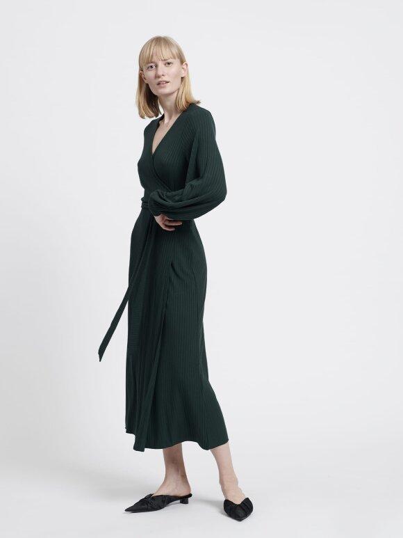 Mads Nørgaard - 5x5 solid Dina wrap kjole, scarab